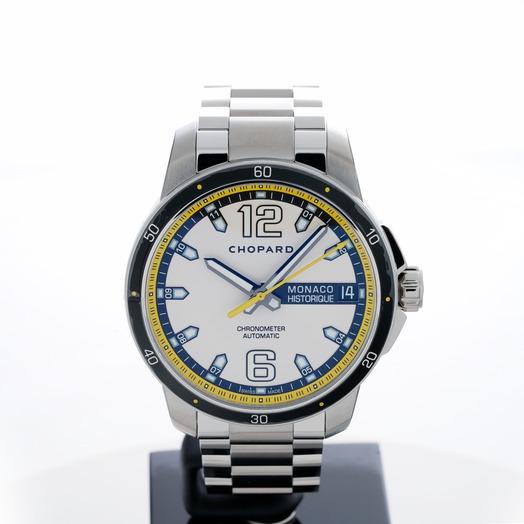 ショパール クラシック レーシング 自動巻き ブラック 文字盤 チタニウム メンズ 腕時計 158568-3001