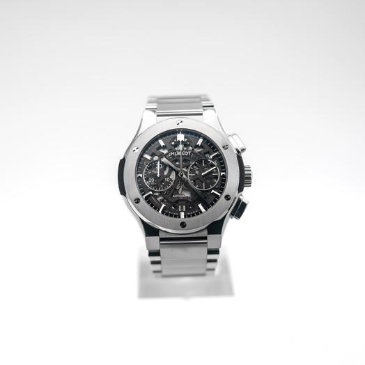 ウブロ クラシック フュージョン 自動巻き スケルトン 文字盤 チタニウム メンズ 腕時計 528.NX.0170.NX
