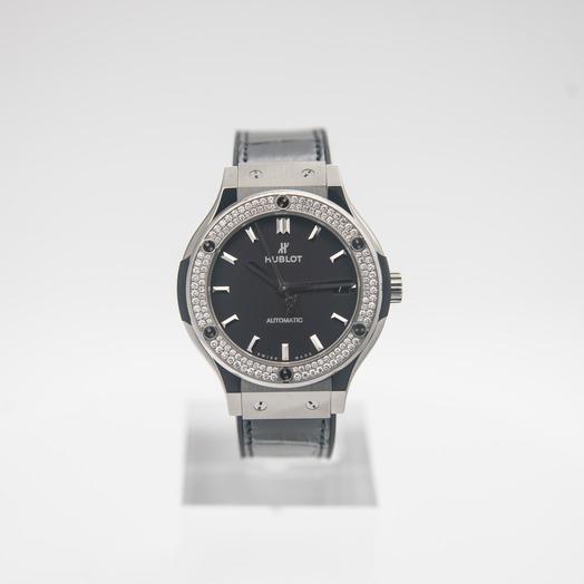 ウブロ クラシックフュージョン チタニウム ダイヤモンド/ブラック/チタン/ラバー/Ø45mm 565.NX.1171.LR.1104
